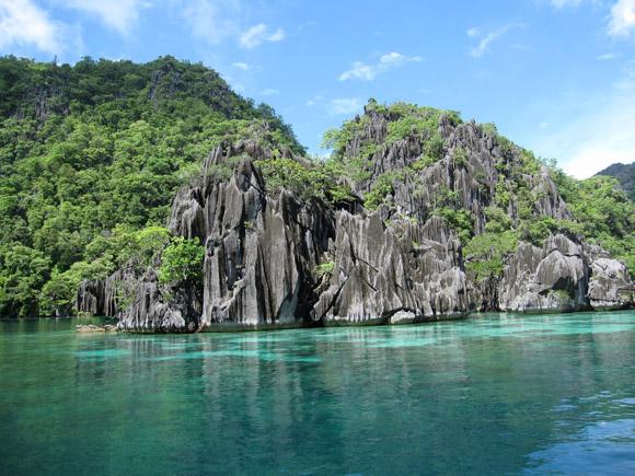 coron island cliffs
