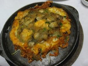 thai oyster omelet