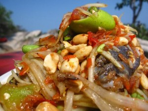 thai papaya salad with crab