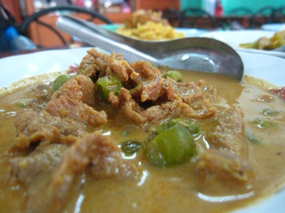 thai beef cury krabi