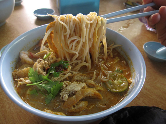 laksa noodles. bowl of Laksa in a super
