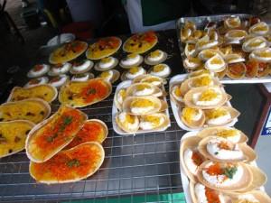khanom buang 300x225 Thai Desserts (Khanom Wan Thai): The Ultimate Thailand Sweets Guide