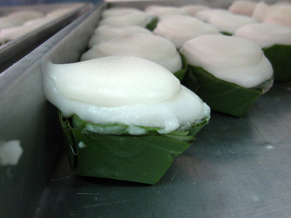 khanom takoh thai Thai Desserts (Khanom Wan Thai): The Ultimate Thailand Sweets Guide