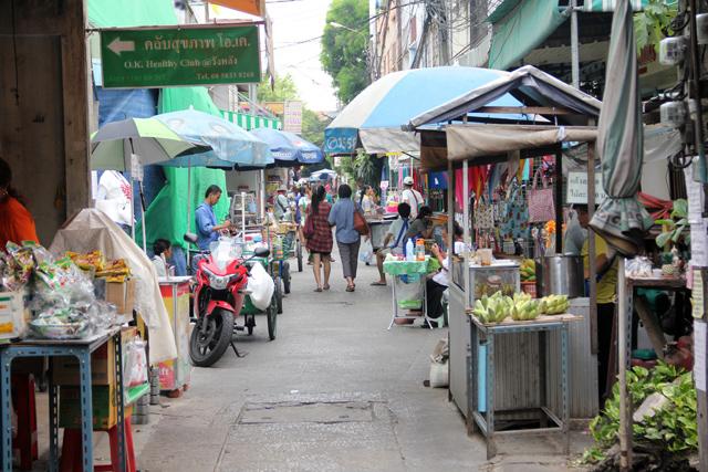 Bangkok food tour of Wang Lang Market
