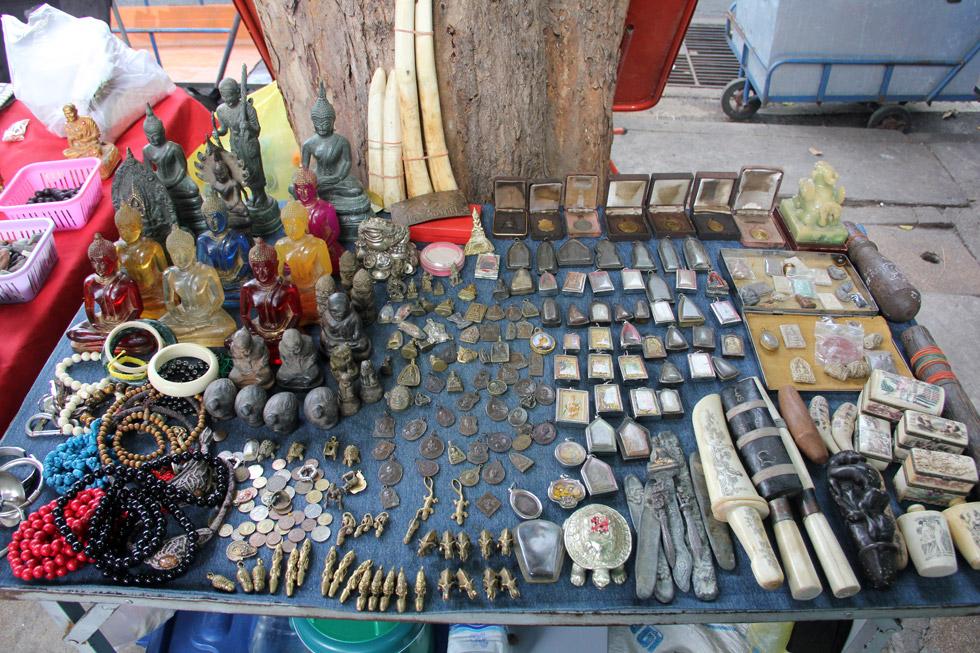 Bangkok Amulet Stall