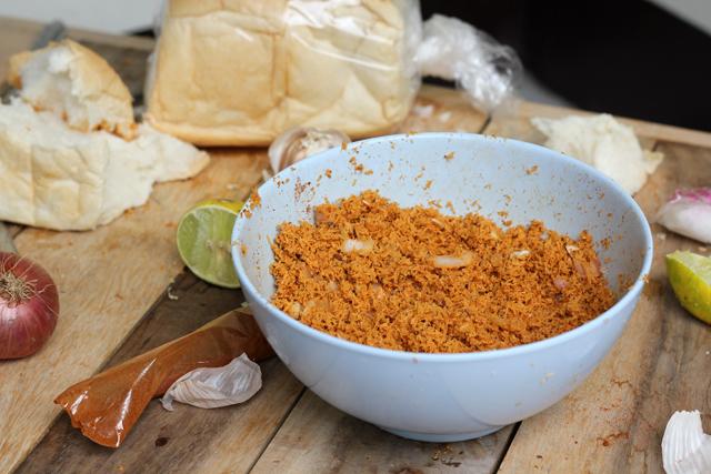 Sri Lankan Pol Sambol Recipe