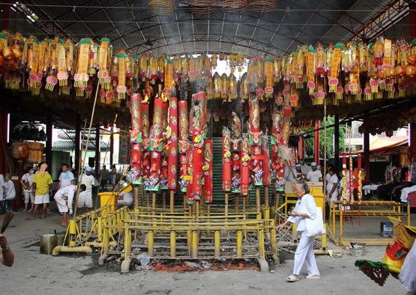 thailand-vegetarian-festival-bangkok