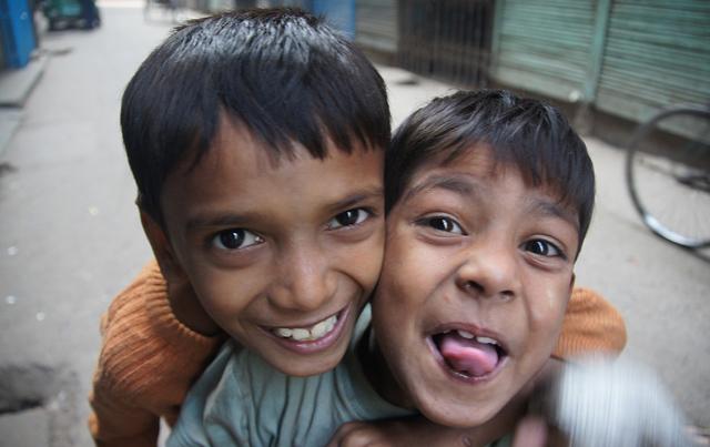 Dhaka-Sadarghat-Bangladesh-(112)-980x980