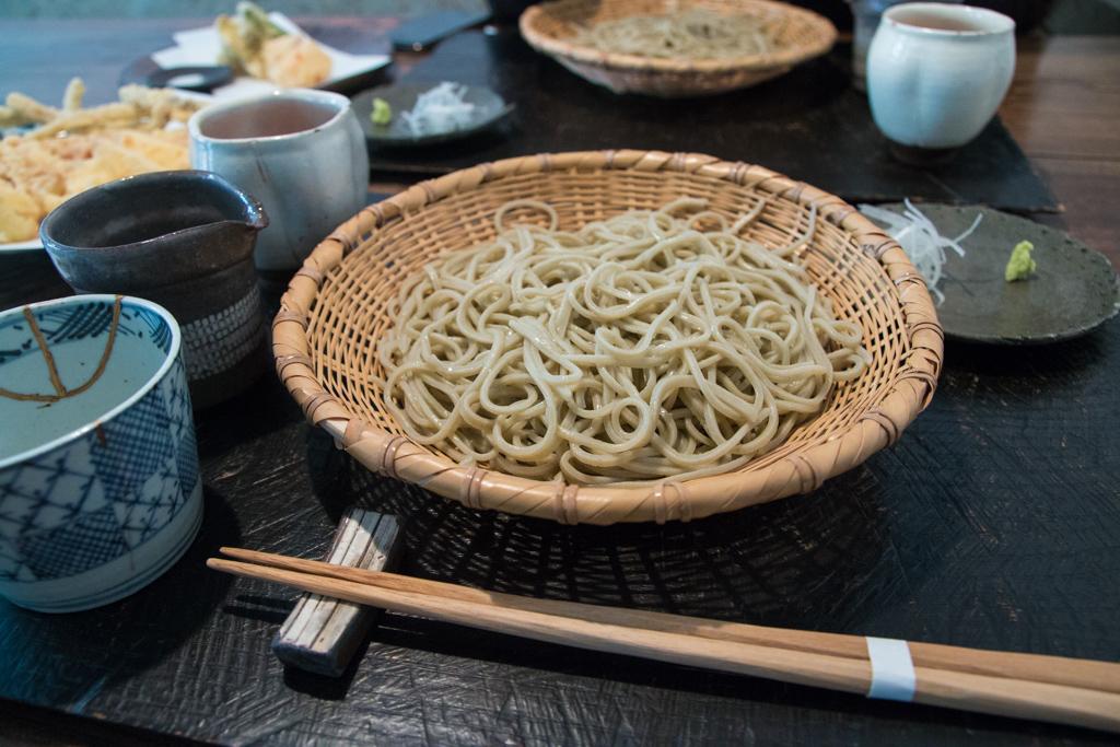 narutomi soba tokyo 手打ち蕎麦 成冨 Hand Made Soba at Narutomi (手打ち蕎麦 成冨) in Tokyo
