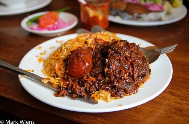 zanzibari-food-passing-show-hotel
