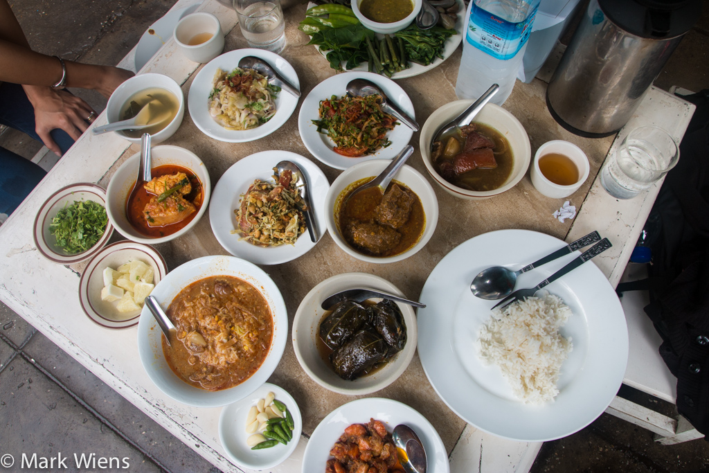 Feel Myanmar Food Restaurant in Yangon