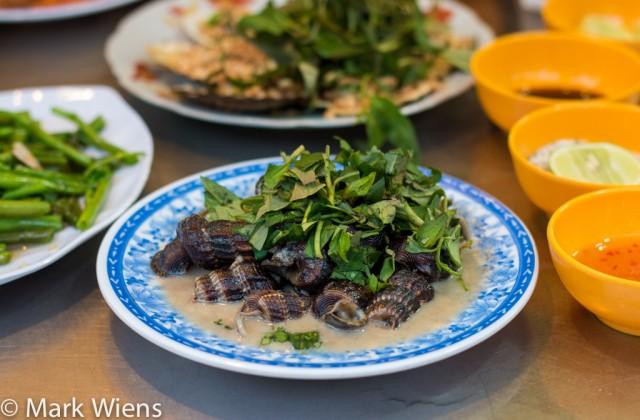sea_snails_saigon_vietnam