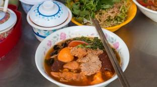bun_rieu_saigon_vietnam