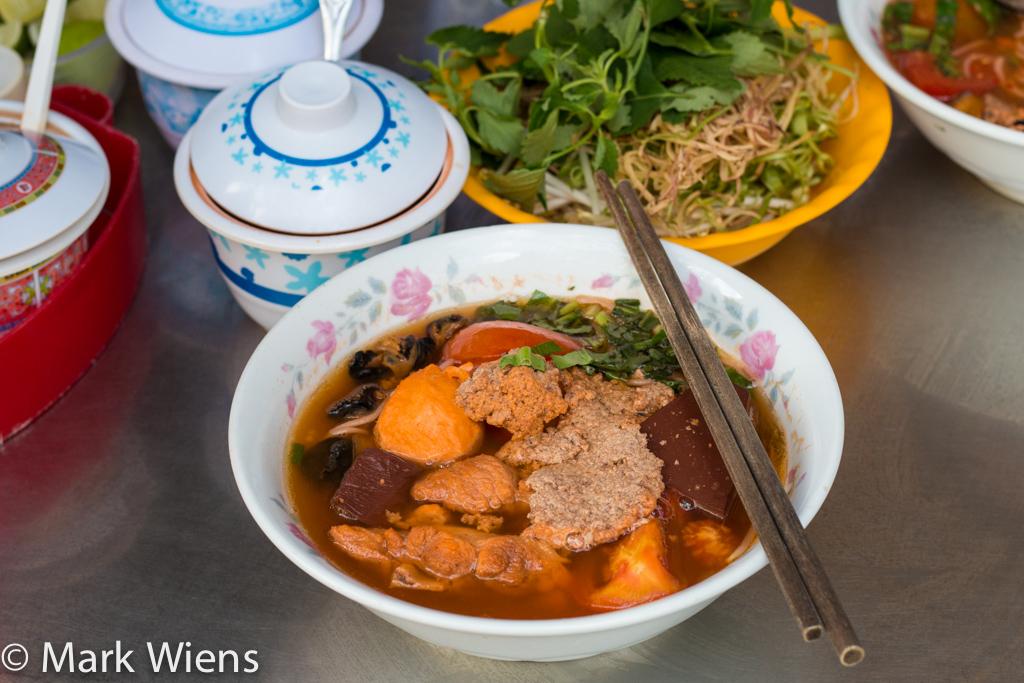 Bun Rieu - Incredibly Delicious Crab Noodles in Vietnam