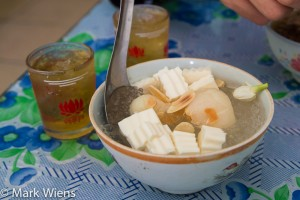 Chè khúc bạch - panna cotta jelly dessert