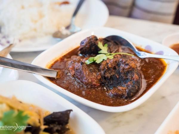 Peranakan food in Singapore