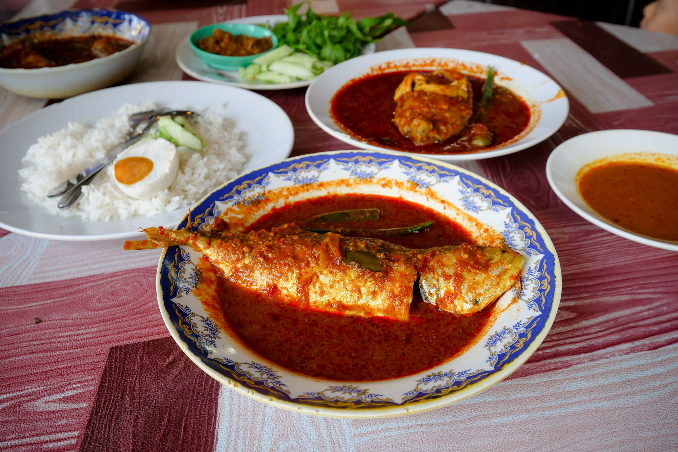 Asam Pedas Pakman is one of the best restaurants in Melaka for authentic Malay local food