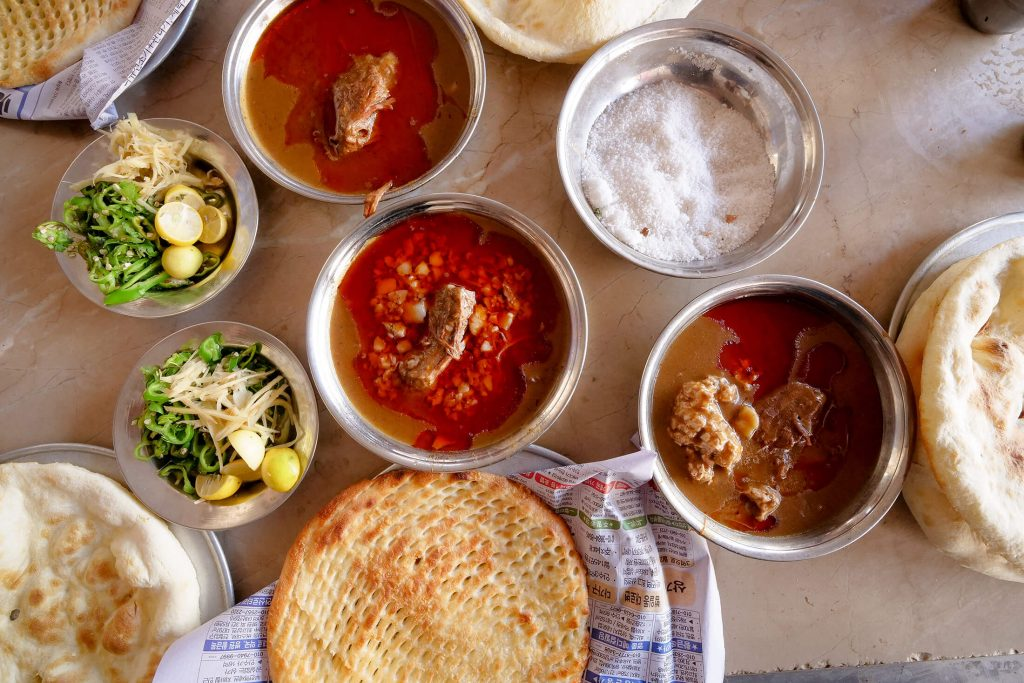 Pakistani Food - 21 Best Dishes to Eat When You're in Pakistan!
