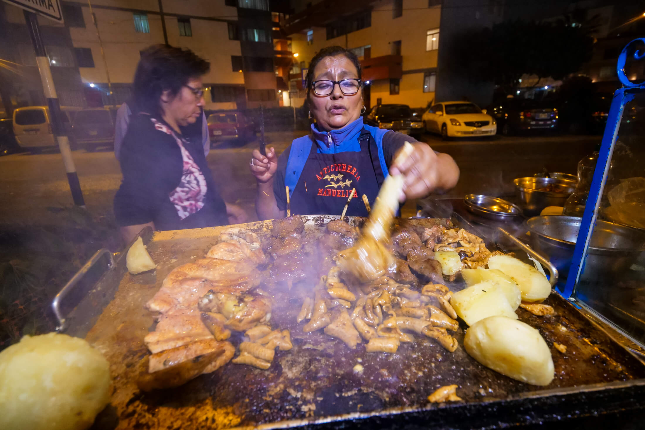 Anticuchos late-night trips are definitely a correct travel-decision in Peru.