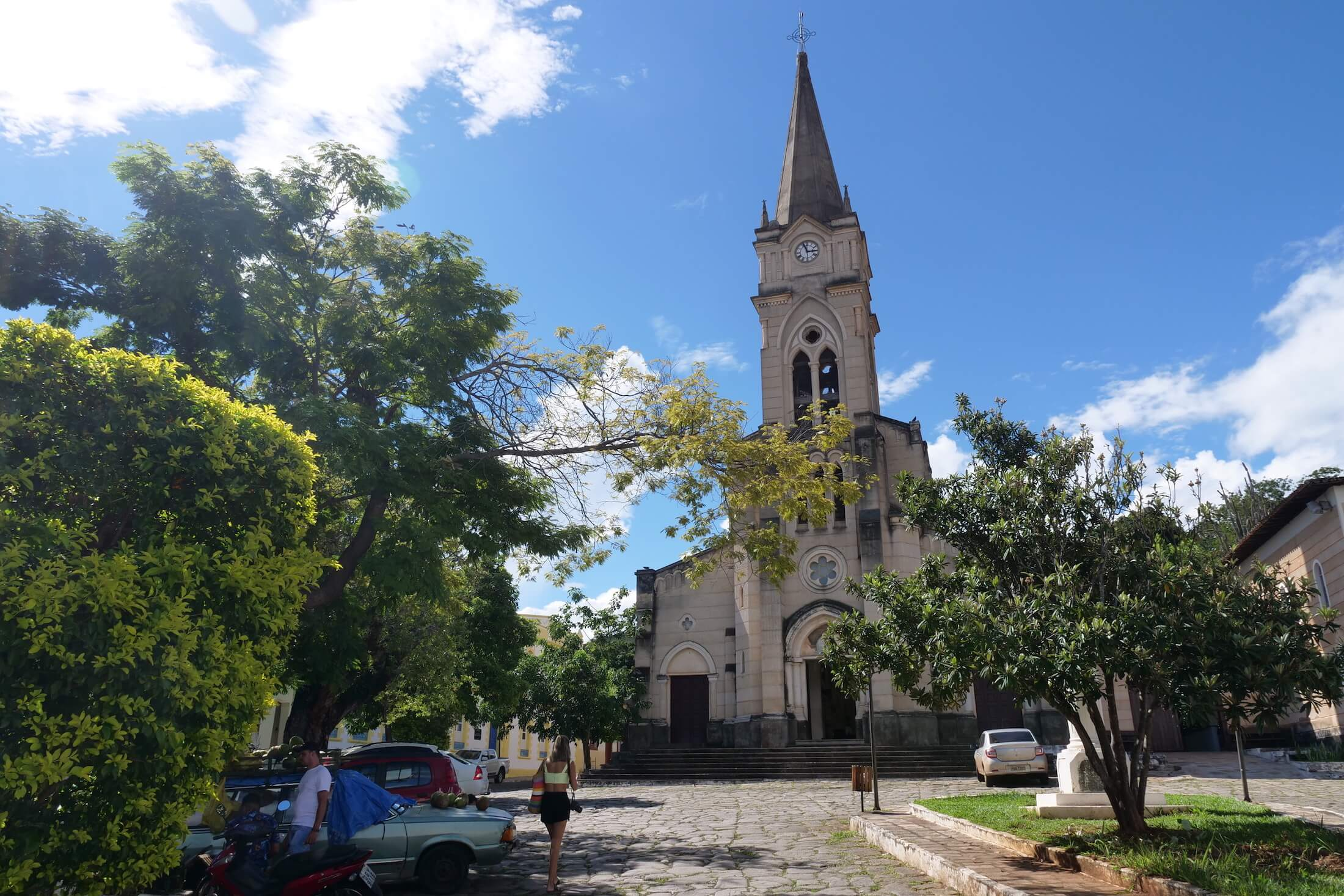 after Pequi, take a walk around the town of old Goiás.